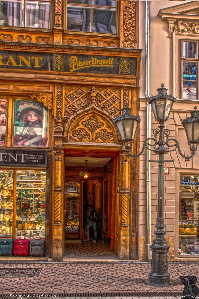 MAR_5259_1052_Budapest,_Váci_u._15.jpg